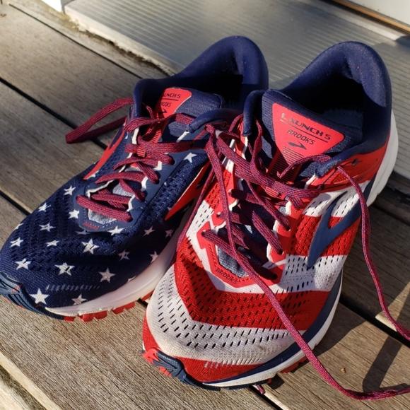 Brooks Shoes | Launch 5 Stars Stripes